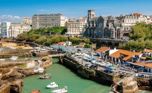 Những địa điểm thú vị và hấp dẫn của Pháp