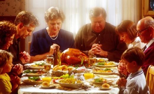 Những món ăn và những hoạt động lớn trong ngày lễ Tạ ơn ở phương Tây